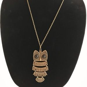 Jewelry - NWT Brushed brass long hanging owl necklace